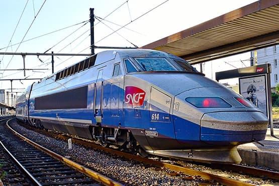 Navette VTC avec la gare d'Annecy et toutes les gares de Haute-Savoie